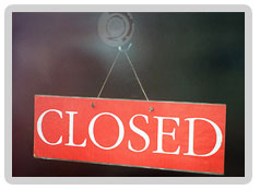 Closed-sign-001